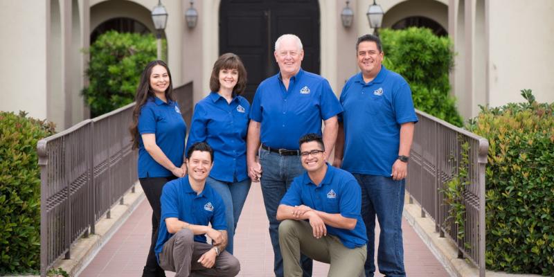 photo of Kern Key Services team.